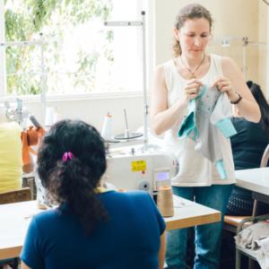 Socialpreneur Martina prüft die fairen Arbeitsbedingungen - Chill n Feel trägt kein Fairtrade Siegel