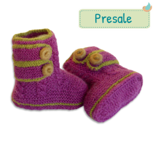 Faire-Baby-Boots-aus-Baby-Alpaka-Wolle-lila-Presale-3-1-1024x1024