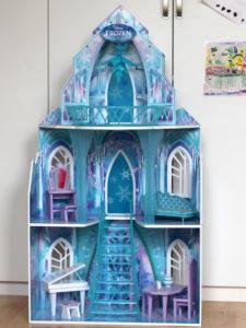 Puppenhaus aus Holz Eiskönigin