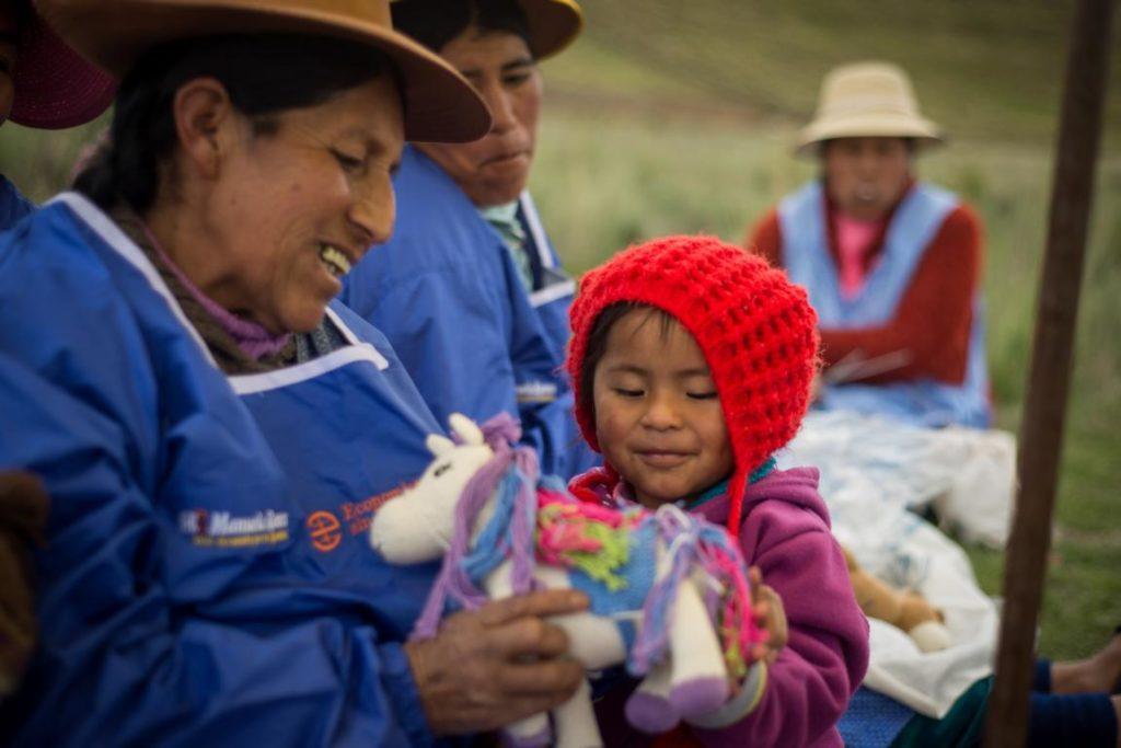 Peru Strick-Kuscheltiere Pferd und Einhorn aus Bio-Baumwolle (2)
