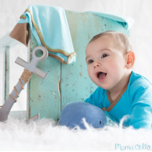 Maritime Geschenkidee für Babys Strick-Blauwal u. Langarm-Wickelbody in Blau Braun (7)