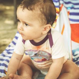 Drei-Hausmittel-für-dauerhaft-fleckenfreie-Babykleidung_Chill-n-Feel
